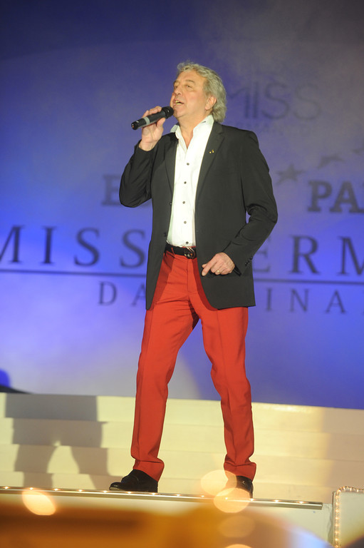Bernie Paul, bei der Wahl der Miss Germany am 11.02.11 im Europapark in Rust