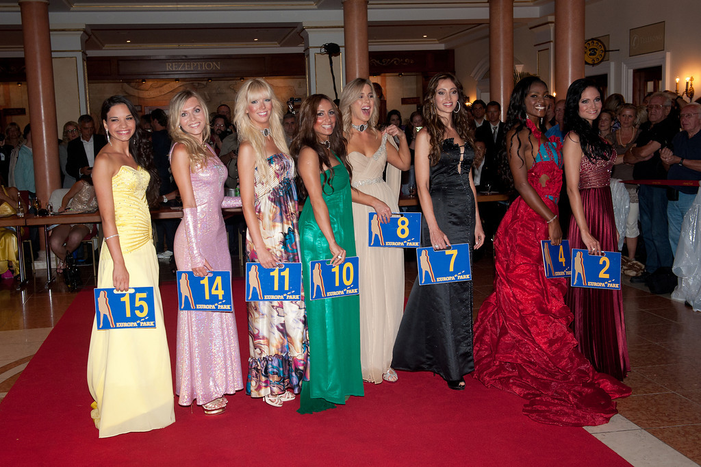 Dominique Wisniewski, Christina Trost, Jane Ogbe, beim Miss WM Finale am 17.06.11 im Europapark in Rust