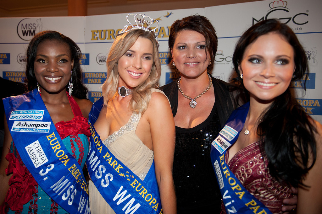 Dominique Wisniewski, Christina Trost, Jane Ogbe, Ines Klemmer, beim Miss WM Finale am 17.06.11 im Europapark in Rust