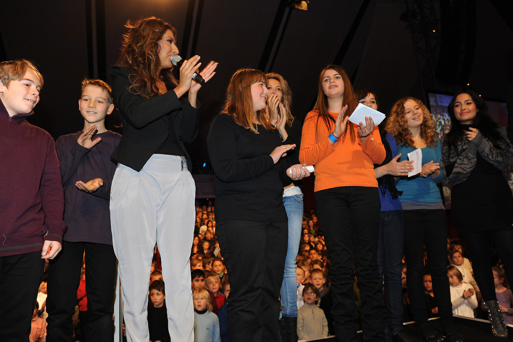 Bahar Kizil, Mandy Capristo, Monrose, Senna Guemmour, beim Projekt One World Family am 20.10.10 im Europa Park in Rust