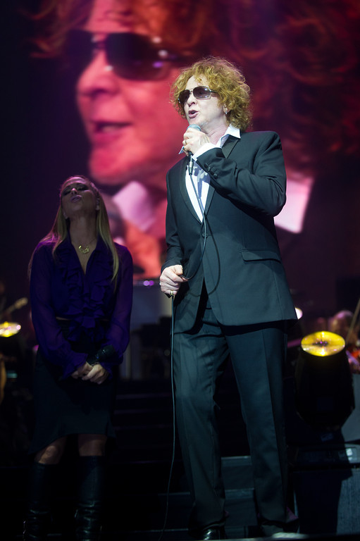 Anastacia, Mick Hucknall, Simply Red, bei der AIDA Night of the Proms am 04.12.12 in Frankfurt in der Festhalle