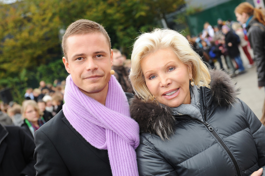 Pete Dwojak, Ute-Henriette Ohoven, beim Projekt One World Family am 20.10.10 im Europa Park in Rust