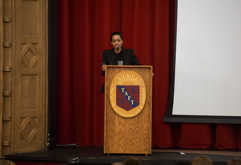 Martine St-Victor visits Taft French students