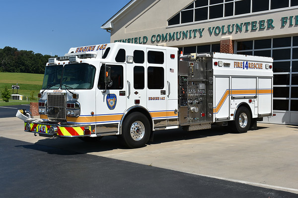 Winfield, Maryland Engine 142 in Carroll County - a 2007 Spartan Gladiator/4-Guys with a 1500/1000.