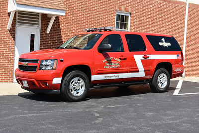 Mount Airy, Maryland in Carroll County - Command 1 is a 2013 Chevrolet Suburban.