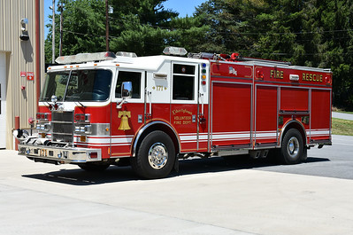 Rescue Engine 171 from Libertytown, Maryland is this 2003 Pierce Dash with a 1250/800.  Pierce job number 14189.