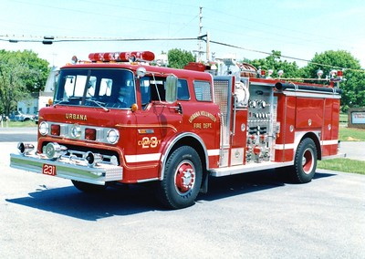 Engine 231 from Urbana was a 1986 Ford C/E-One, 1000/750.