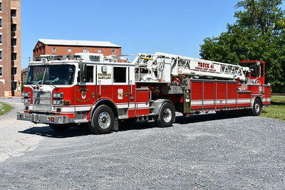 Truck 41 from Citizens Truck Company in Frederick, Maryland is this 2009 Pierce Arrow XT 100' tiller with job number 22025.  The crews from Frederick were very accommodating moving the larger apparatus to an open parking lot for photographs as photo opportunities at the three downtown stations are very limited.