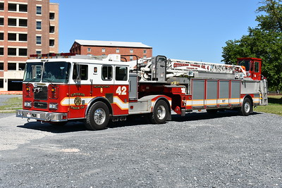 Truck 42 from Citizens in Frederick County, Maryland is this 2001 Seagrave TT-06DA 100' tiller.  Seagrave serial number 76329.
