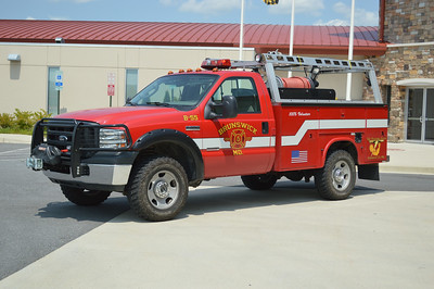 This 2006 Ford F-350/Knapheide/Fast Attack skid, 250/200 is Brush 55.