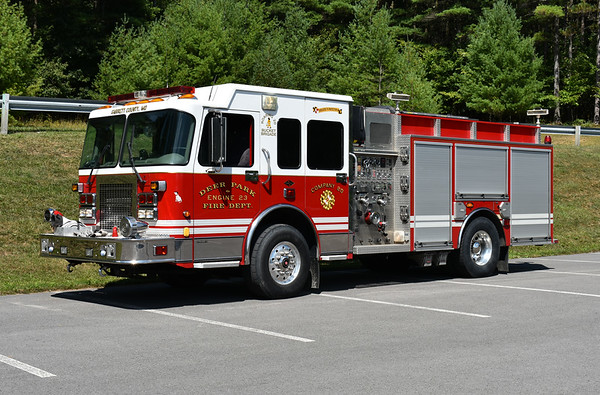 Deer Park, Maryland Engine 23 is a 2002 Spartan Gladiator/4-Guys with a 1250/1000/50/30.  $-Guys serial number F2183.