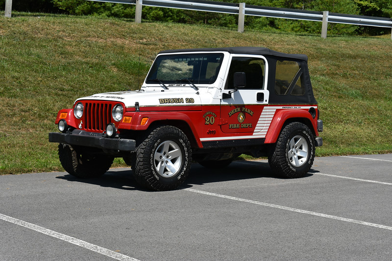 Deer Park, Maryland Brush 29 is a 2004 Jeep Rubicon/Aqua Duk with a 35/75.