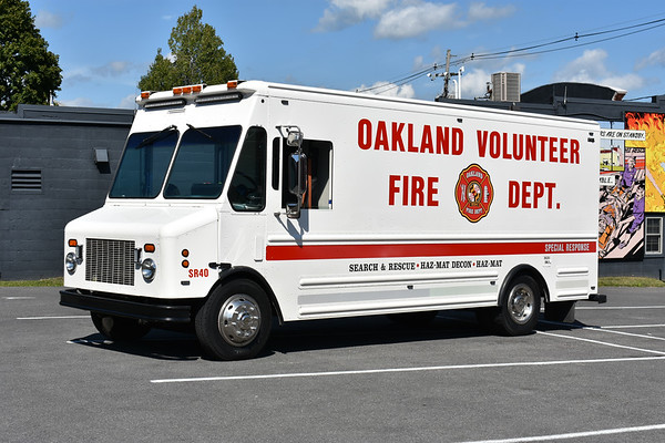 Special Response 40 from Oakland, Maryland handles Search/Rescue and HAZMAT work.  2000 Freightliner/Grumman Olsen.  This truck was original to the Bimbo Bakeries USA and used as a bread truck.