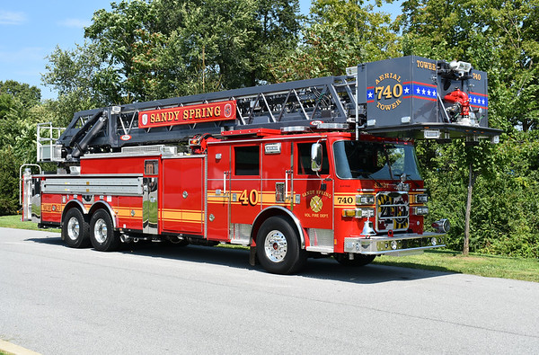 Sandy Spring, Maryland (Montgomery County) Tower 740 is a 2017 Pierce Arrow XT 100' with job number 30138.  It replaced a 1995 Pierce 105'.
