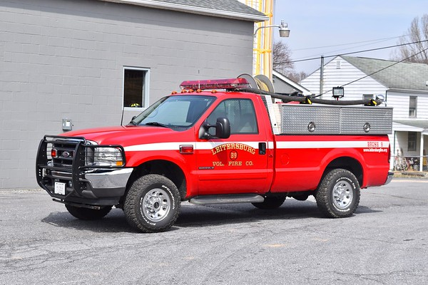 Brush 9's 2002 Ford F-350, 200 gallon water tank.