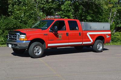 Utility 17 from Shaft, Maryland is a 2000 Ford F350.