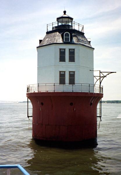 Baltimore Light003