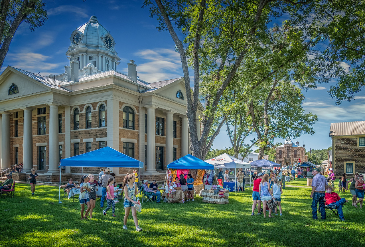2017 Parade Courthouse Lawn-1-1-15