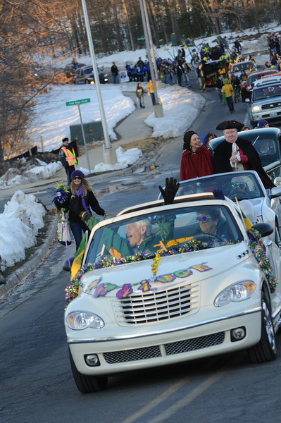 President Alan Merten in the 2010 Homecoming parade. Photo by Evan Cantwell.