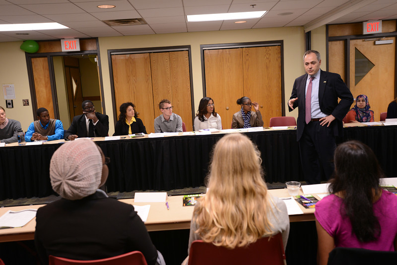 President Cabrera and students read and discuss Martin Luther King, Jr.'s letters from a Birmingham jail. The Presidential Leadership Dialogues were sponsored by Mason L.E.A.D.S. Photo by Evan Cantwell/George Mason University
