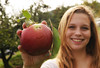 Mason students participate in apple picking in Markham, Virginia. Photo by Evan Cantwell