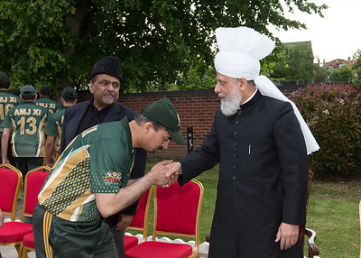 International Masroor Cricket individuals meet Huzur (28 of 349)