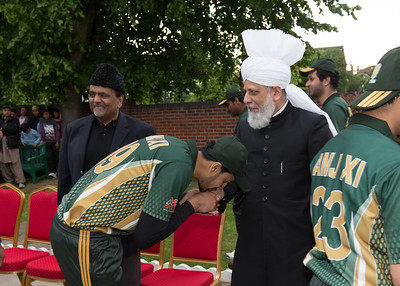 International Masroor Cricket individuals meet Huzur (25 of 349)