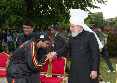 International Masroor Cricket individuals meet Huzur (32 of 349)