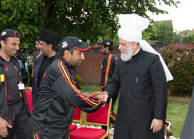 International Masroor Cricket individuals meet Huzur (38 of 349)