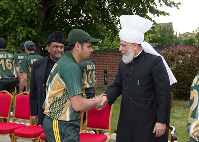 International Masroor Cricket individuals meet Huzur (27 of 349)
