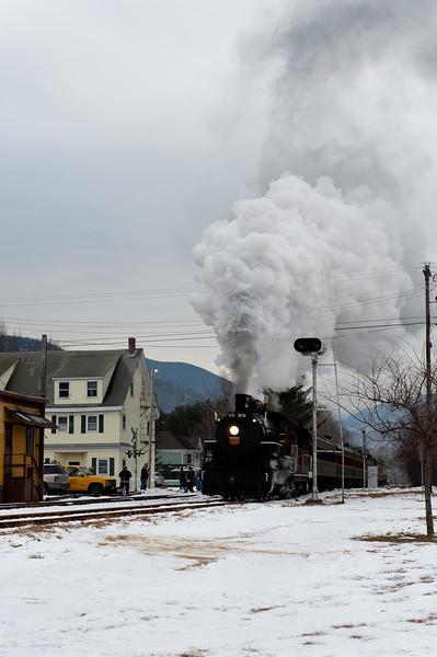 Bartlett Station Run-By 27