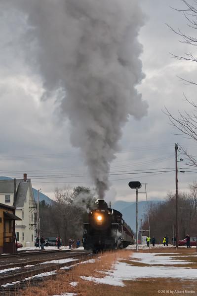 Bartlett Station Photo Runby 04