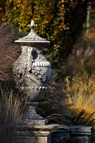 Grecian Urn, Fall