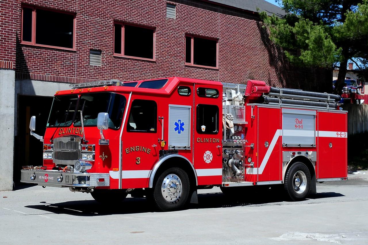 Clinton Fire Dept   Engine  3  2005  Emergency-One  Typhoon  1500/ 1000