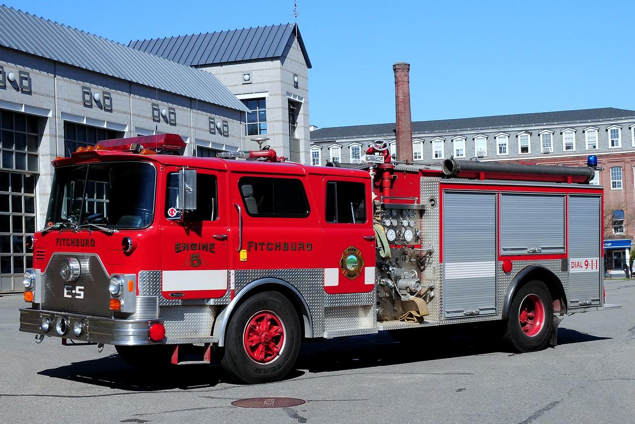 Fitchburg Fire Dept  Engine 5  1982  Mack CF/ EJ Murphy  1500/ 750
