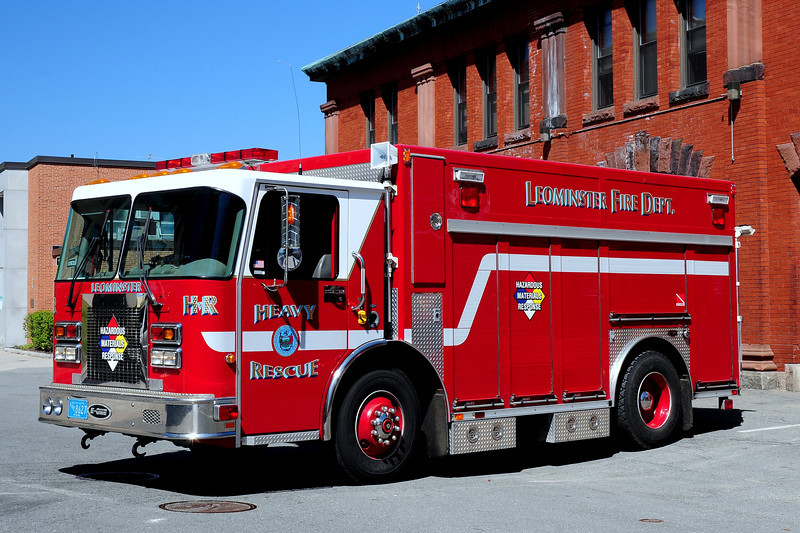 Leominster Fire Dept   Heavy Rescue 1  1999  Spartan/ Emergency-One