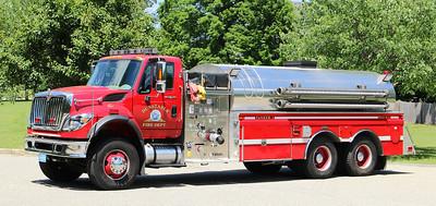 Tanker 1   2010 Int / 4 Guys.  1250 / 3000