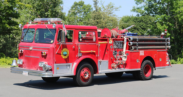 Retired   Engine 3.  1973 Maxim.  1000 / 500 (Fall River Museum)