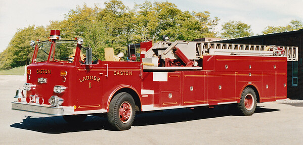 Retired Ladder 1   1969 Pirsch   75'