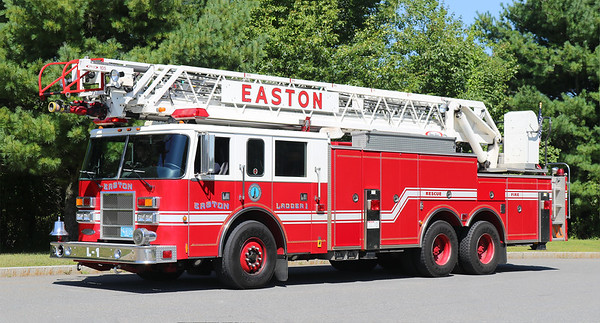 Ladder 11.  1999 Pierce Dash   105' RM