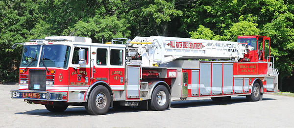 Ladder 4.  2011 KME Predator.  100'TT