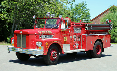 Retired Engine 1   1970 Maxim 1000 / 500
