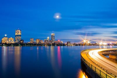 Memorial Drive / Charles River, Boston and Cambridge Border, Massachusetts, USA
