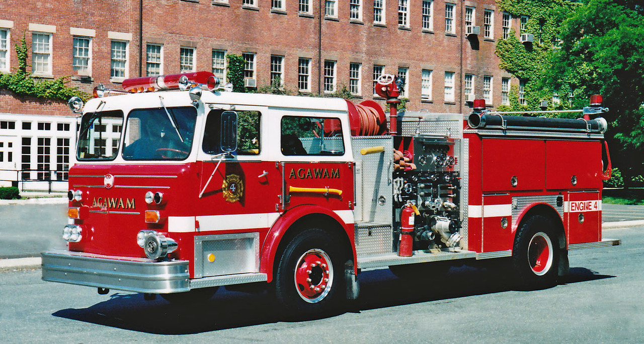 RETIRED  Engine 4 1976 Maxim 1500/750