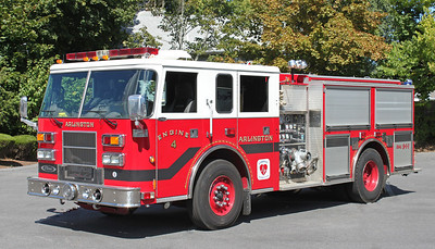 Engine 4 2001 Pierce Saber 1250/750