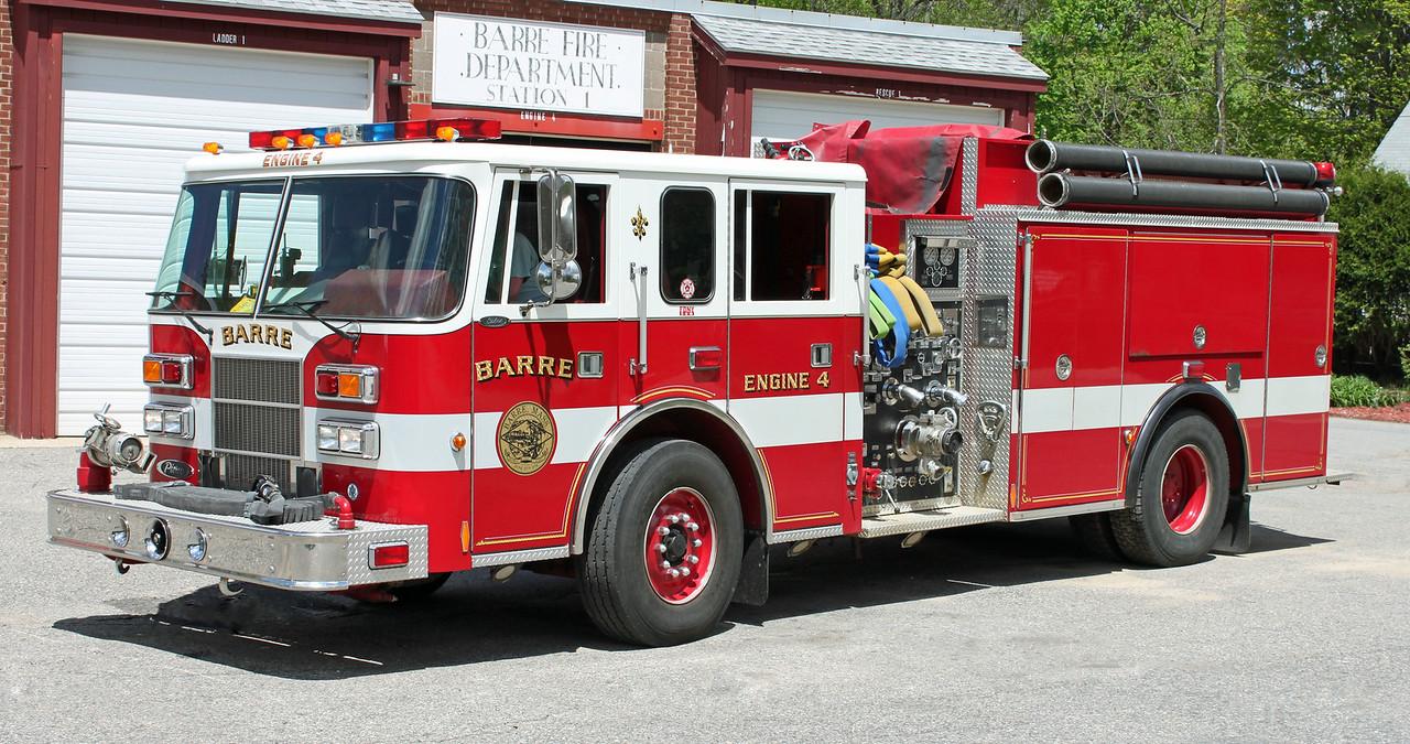 Engine 4 1999 PIERCE SABER 1500 / 1000
