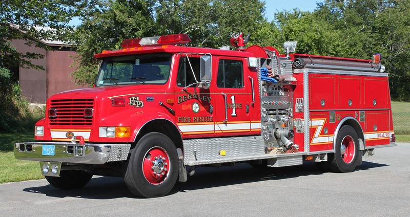 Engine 1 2000 International / KME 1250/1000
