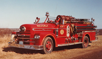 Retired Engine 2.  1959 Seagrave.  1000 / 500