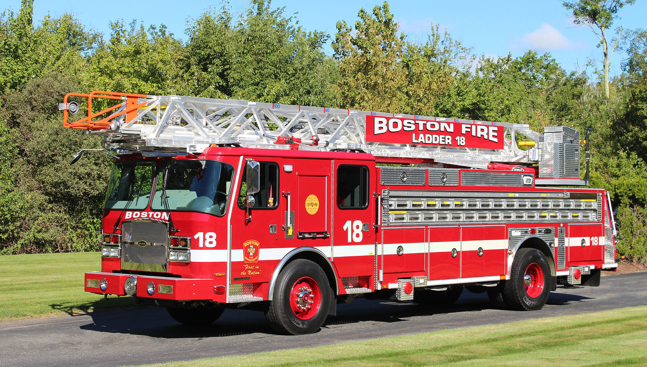 Ladder 18   2016 E-One Cyclone   100'RM