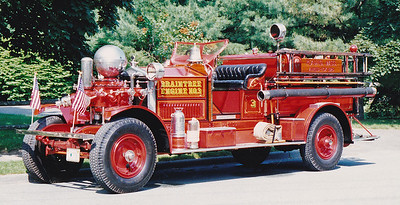 Retired Engine 3   1925 Ahrens Fox   750 GPM